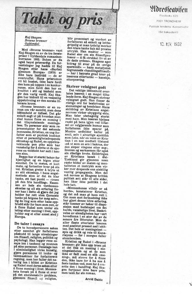 Anmeldelse i Adresseavisen 1982